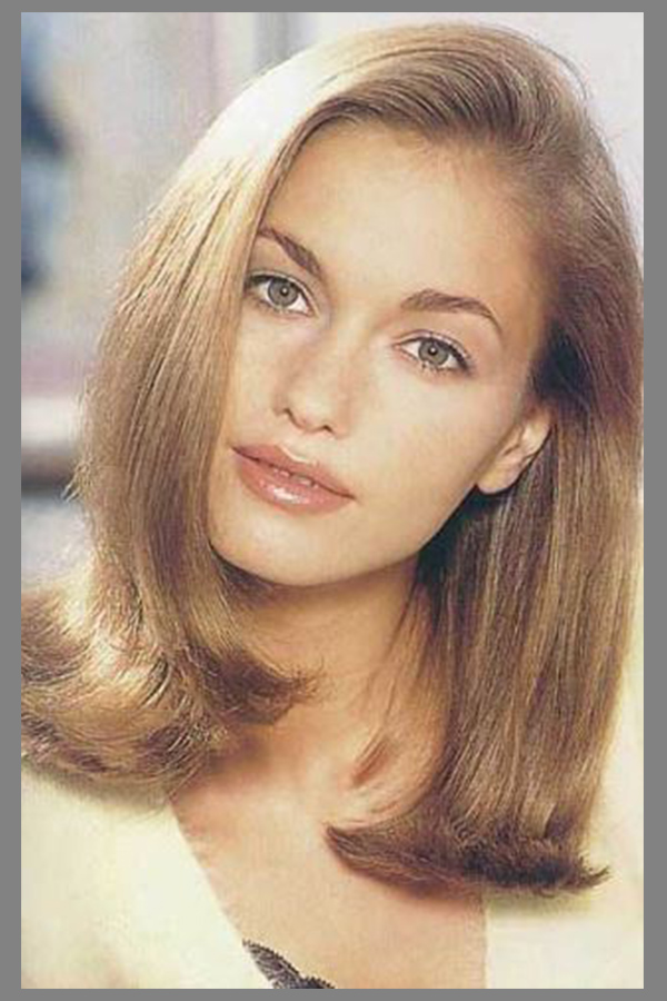 20 Best Hairstyles and Haircuts for Long Straight Hair